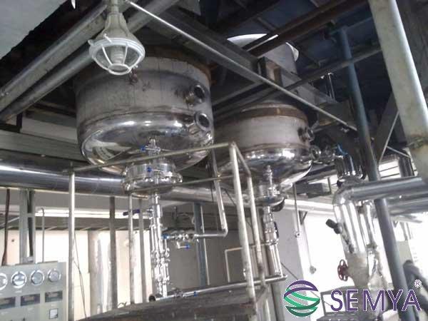 中央循环蒸发器