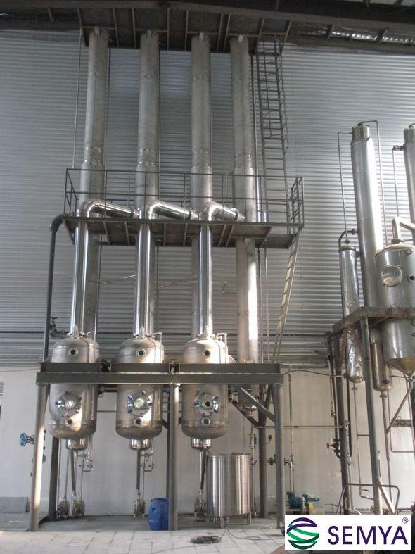 酵母液三效降膜蒸发器
